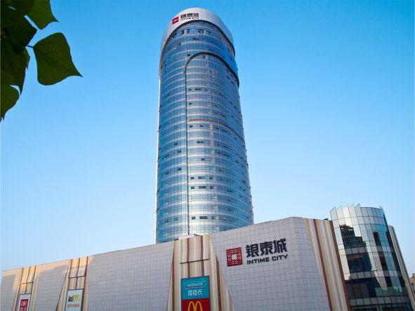 柳州银泰城商业综合体发光字工程案例